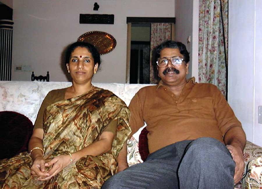 Harikumar with wife Lalitha in late 1990s